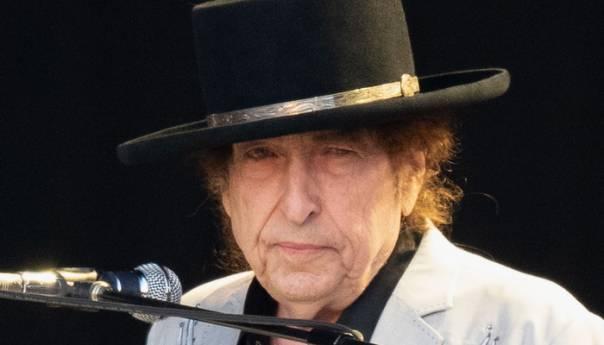 Bob Dylan o novom albumu: Pjesme kao da se same pišu