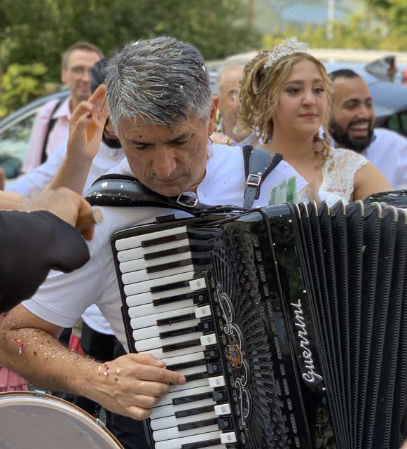 Ponovo na sceni nakon 20 godina: Safet Alija snimio nove pjesme