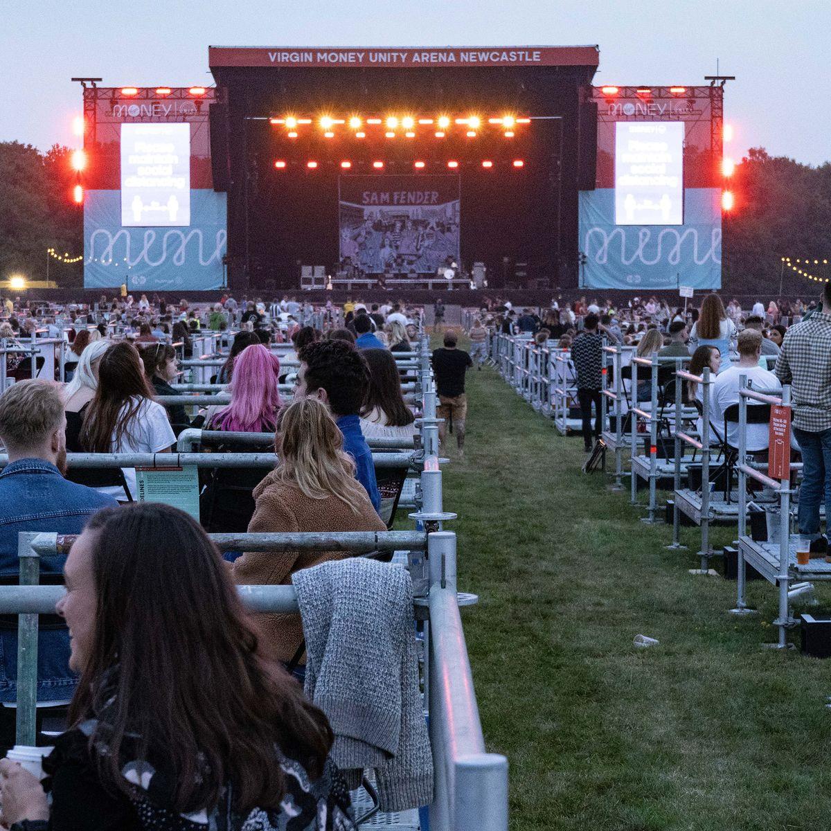 Prvi koncert uz poštivanje socijalne distance održan u Velikoj Britaniji: Prisustvovalo 2500 ljudi